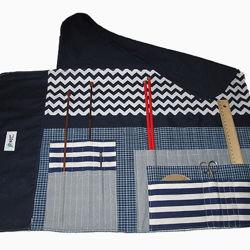 Image de Pochette à tricot se fermant à boutons
