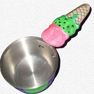 "Picture of ""Cone"" Casserole handle cover"